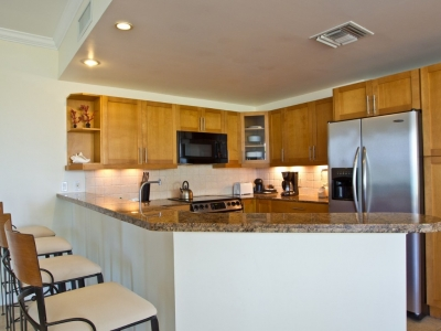Fully equipped kitchen w/ stainless steel fittings