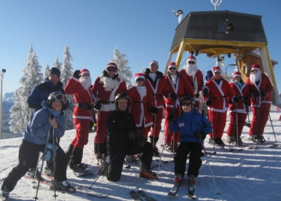 Christmas on the mountain-Free Skiing santa's