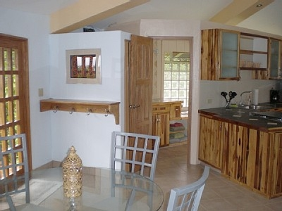 Upstairs bathroom just off the entry